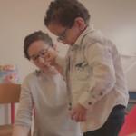Sofiane, 4 ans, se fait des amis à la crèche