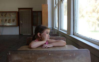 J'ai repéré des difficultés importantes chez un enfant de l'école, que dois-je dire aux parents ?